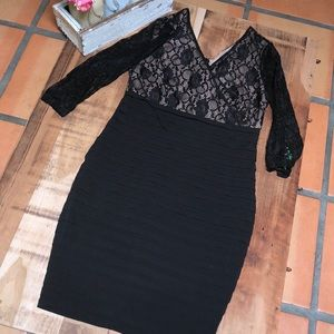 Like new beautiful maternity dress